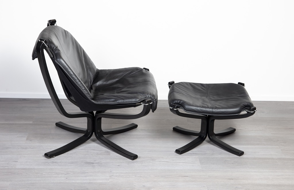 Norwegian Leather Falcon Chair Amp Footstool By Sigurd