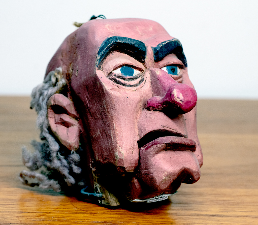Enquiring about Danish Wooden Carved Head