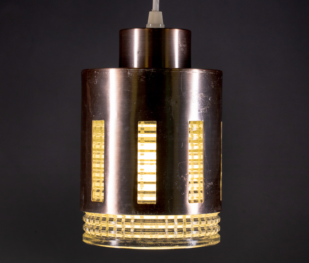 Enquiring about Swedish 1960's Pendant Light