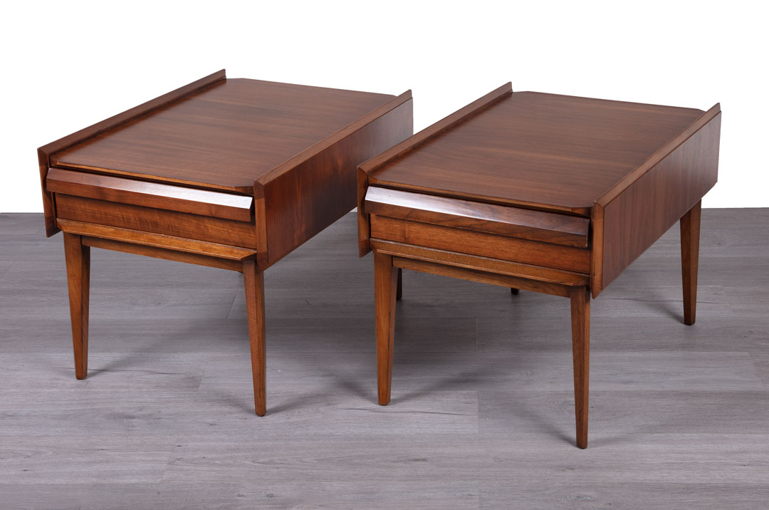 Enquiring about American Vintage Pair of Bedside Tables