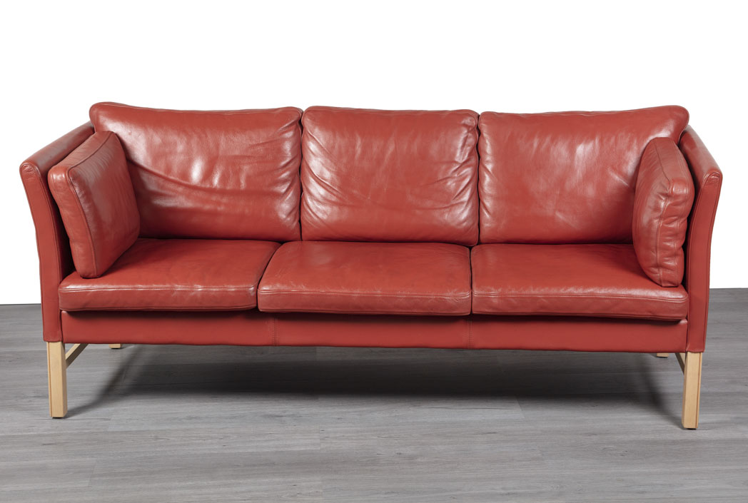 Enquiring about Danish Red Leather Sofa by Skipper Furniture